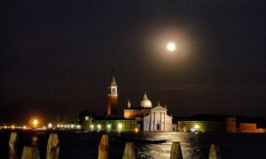 Postcards from Italy: Venice by night