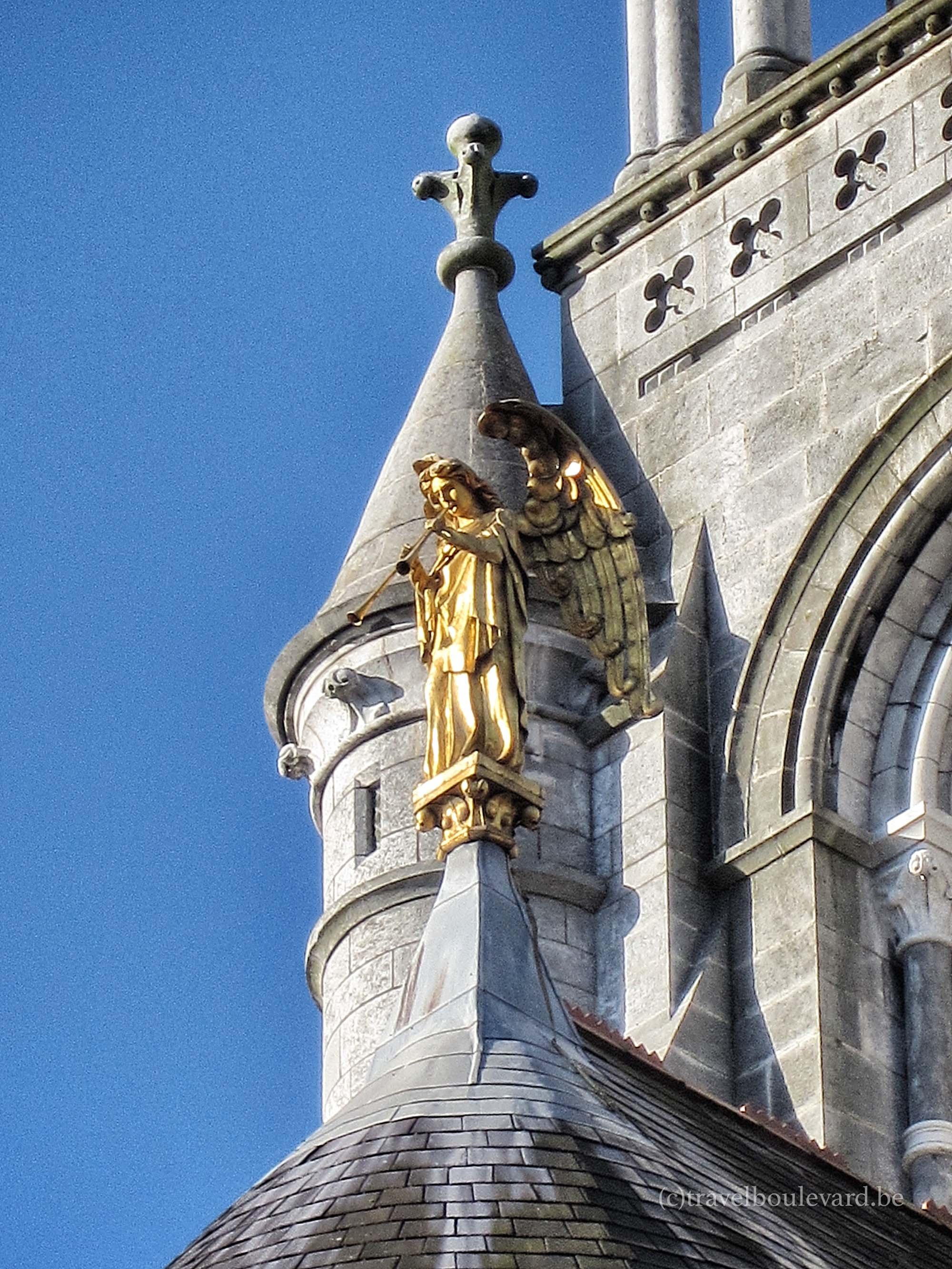 Cork cathedral angels