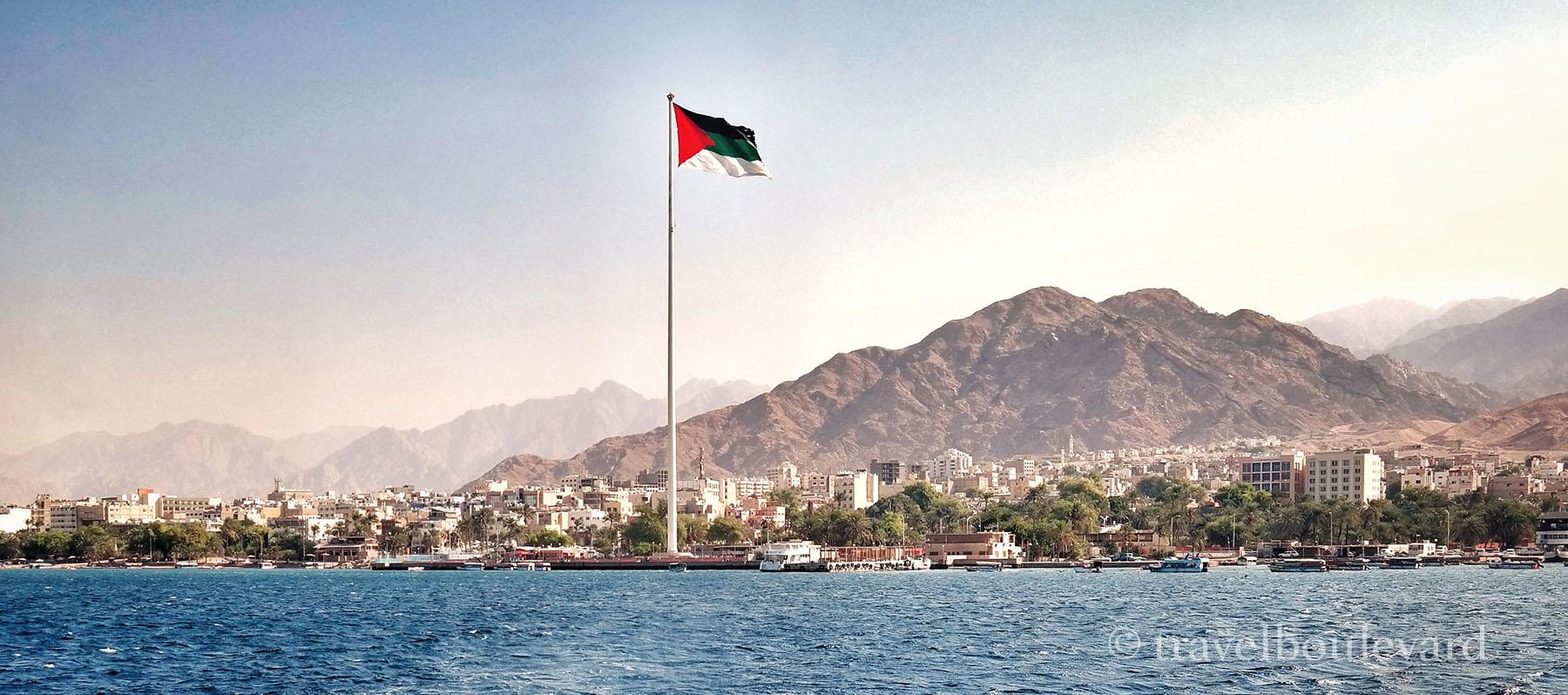 aqaba jordanie vlaggenmast