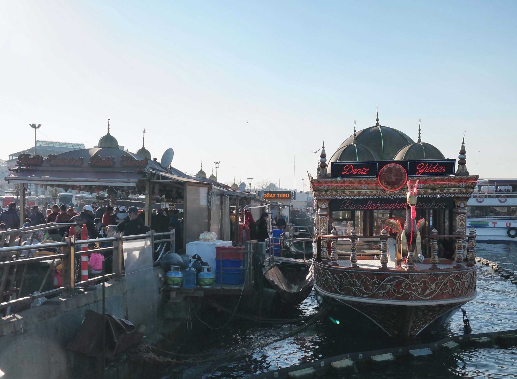 istanbul fish boat