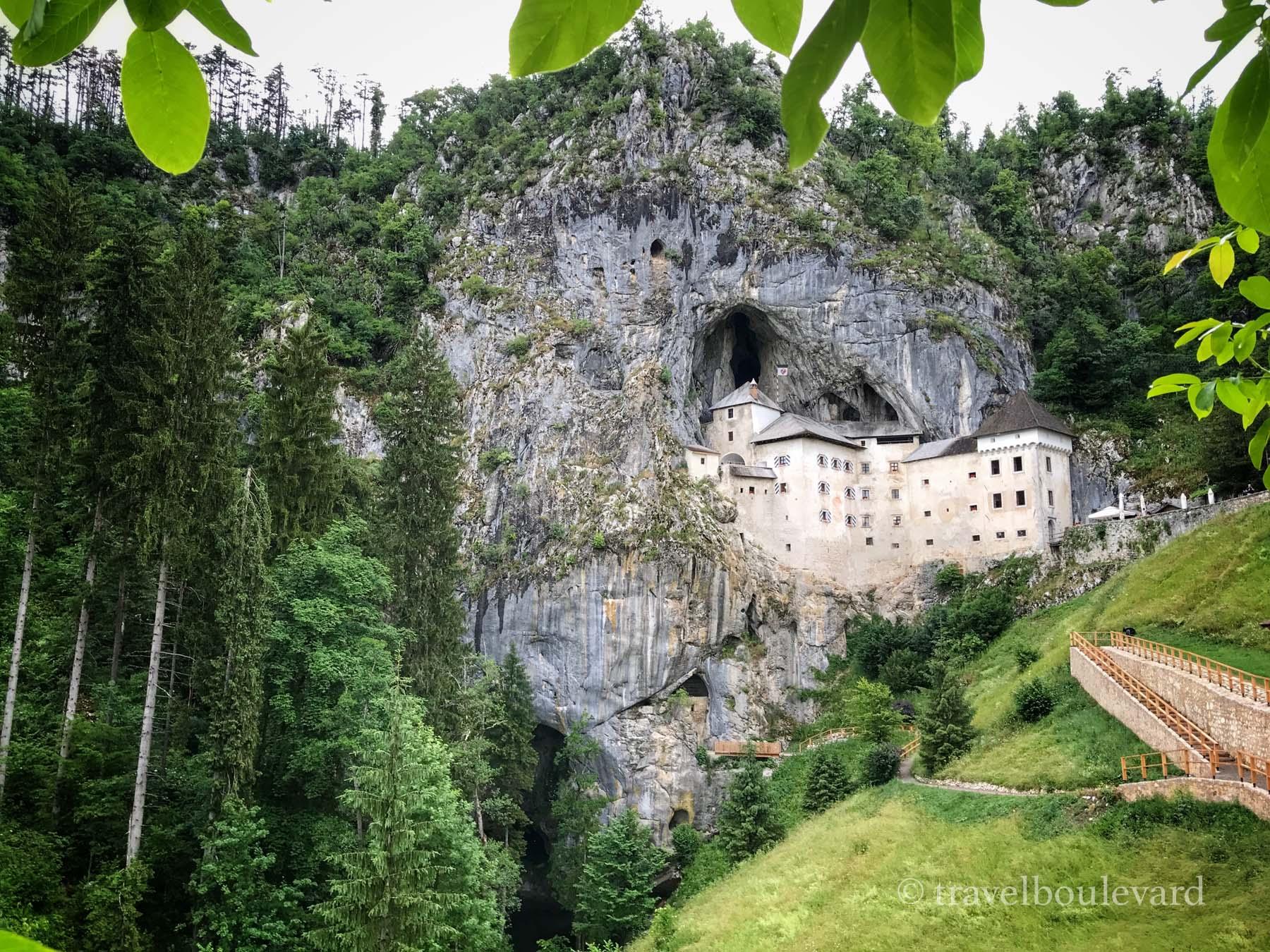 Slovenië kasteel van Predjama